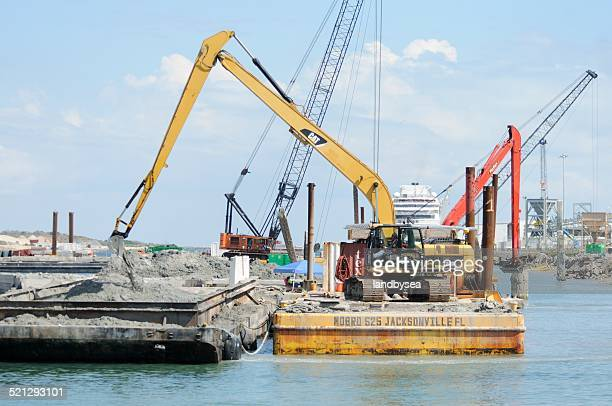 dredging 、ポートカナベラル - 浚渫 ストックフォトと画像