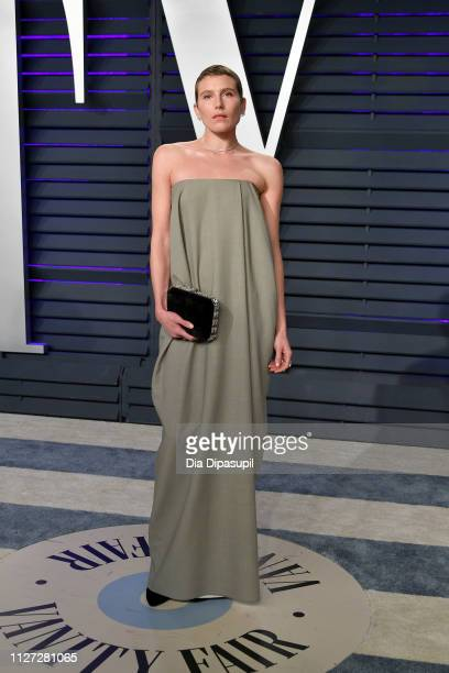 Dree Hemingway attends the 2019 Vanity Fair Oscar Party hosted by Radhika Jones at Wallis Annenberg Center for the Performing Arts on February 24,...