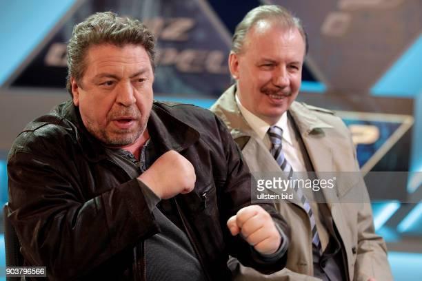 Dreharbeiten zur WDRKomödie Schnitzel geht immer Armin Rohde und Ludger Pistor in der Quizsendung Inhalt Die beiden Freunde Günther Kuballa und...