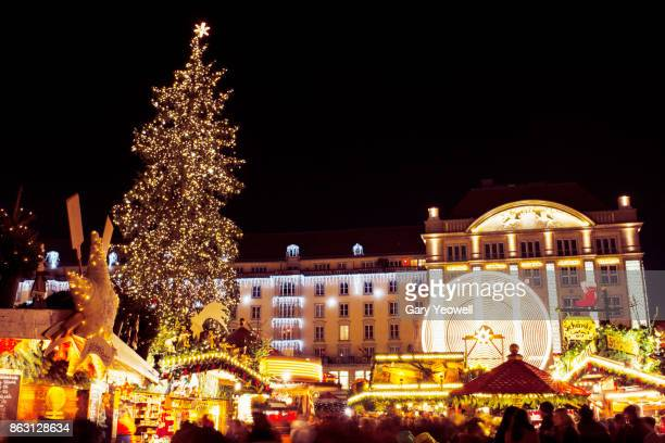 dresden christmas market - yeowell foto e immagini stock