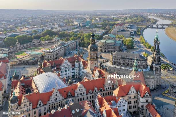 dresden skyline, katholische hofkirche, frauenkirche, zwinger, elbe - dresden germany stock pictures, royalty-free photos & images