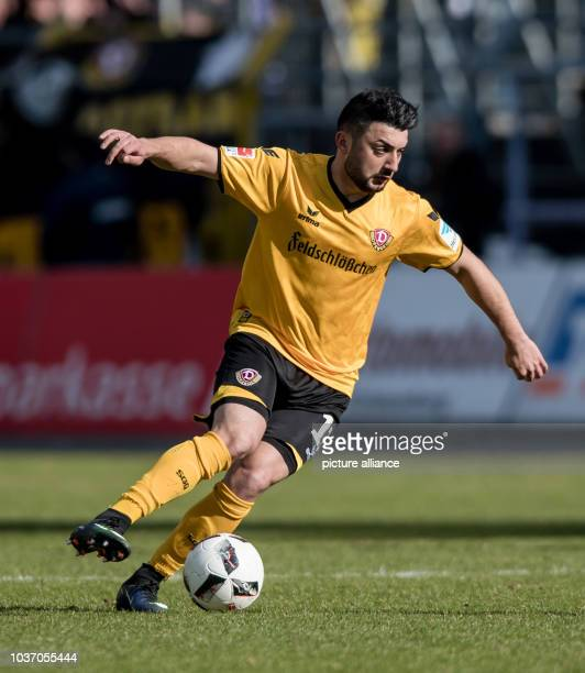 Dresden's Aias Aosman in action during the 2nd Bundesliga soccer match between Erzgebirge Aue and SG Dynamo Dresden at the...