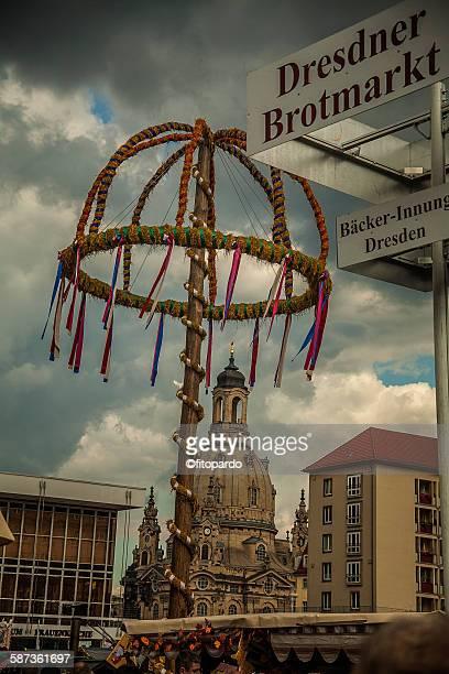 dresdner striezelmarkt - bombardamento di dresda ii guerra mondiale foto e immagini stock
