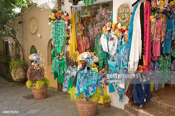 viste para la venta en positano, amalfi coast, italia - positano fotografías e imágenes de stock