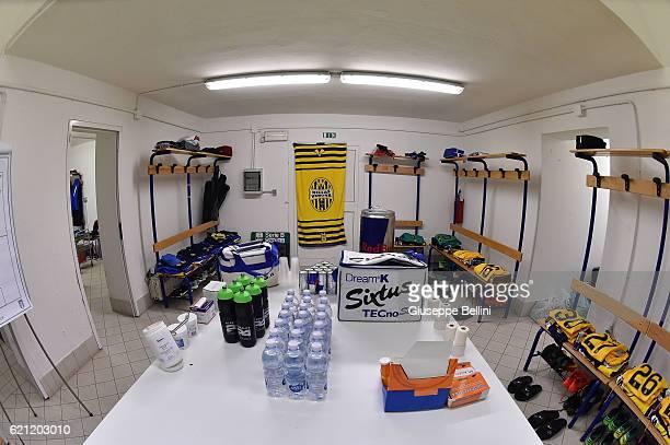 Dressing room of Hellas Verona FC prior the Serie B match between Spezia Calcio and Hellas Verona FC at Stadio Alberto Picco on November 5 2016 in La...