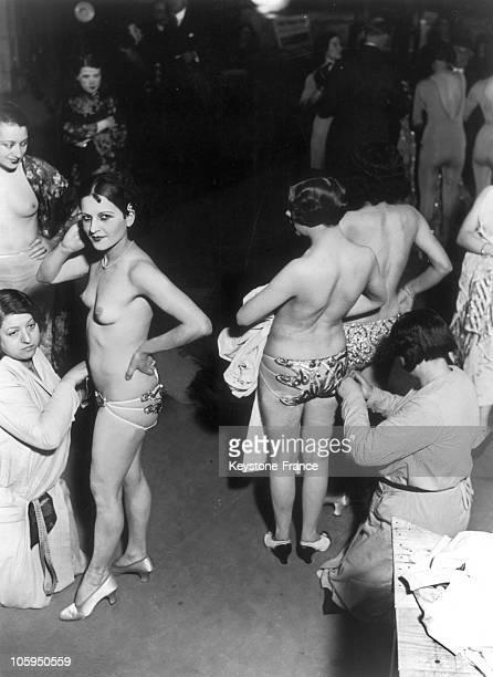 Dressing scene in a cabaret around 1930