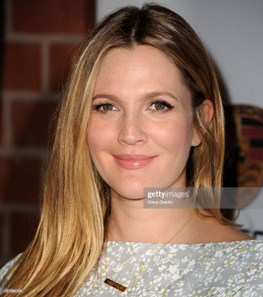 Drew Barrymore arrives at the 2nd Annual Baby2Baby Gala at The Book Bindery on November 9, 2013 in Culver City, California.