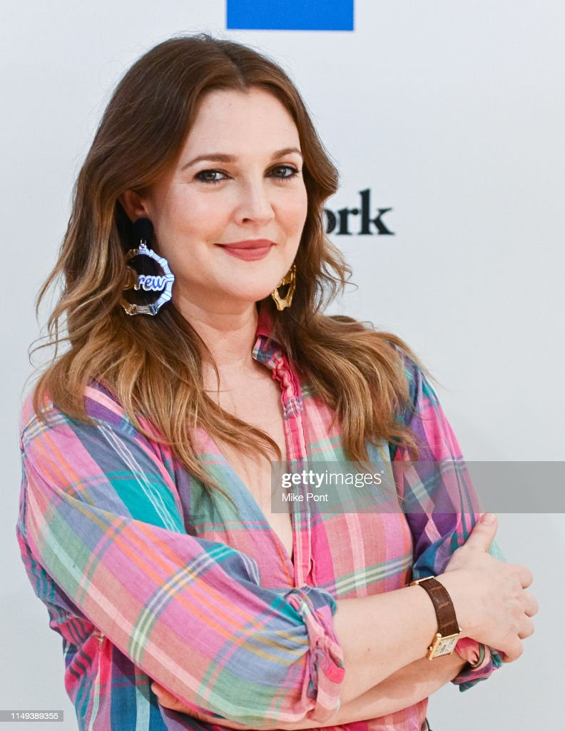 "Drew Barrymore Joins American Express And WeWork ""For The Love Of Collaboration"" : Foto jornalística"