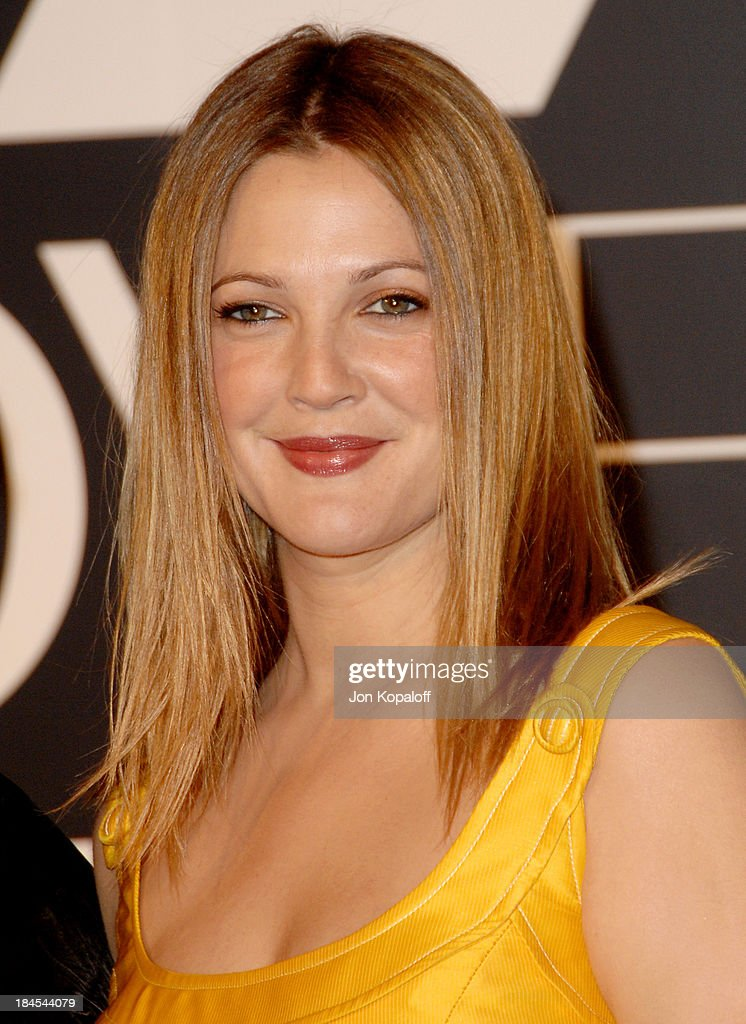 Drew Barrymore Signs Her First Major Beauty Campaign with CoverGirl Cosmetics : News Photo