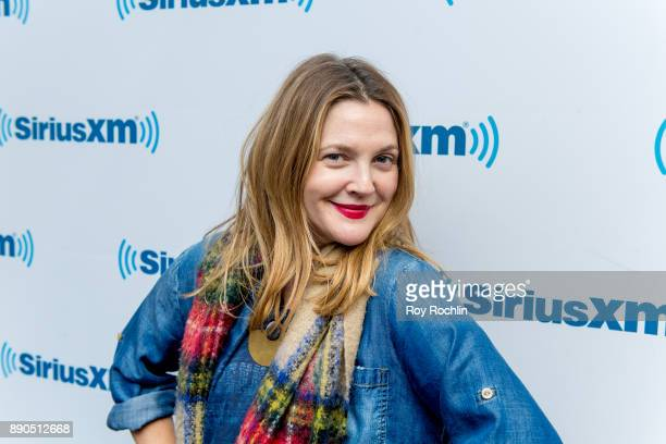 Drew Barrymore visits the Jill Kargman Show on the Raido Andy channel at SiriusXM Studios on December 11, 2017 in New York City.
