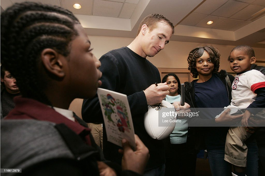 Ebay holiday dreams meet and greet with new orleans saints drew brees during ebay holiday dreams meet and greet with new orleans saints quarterback drew brees m4hsunfo
