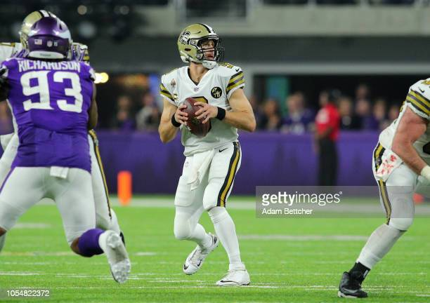 Drew Brees of the New Orleans Saints drops back to pass the ball in the second half of the game agains the Minnesota Vikings at US Bank Stadium on...