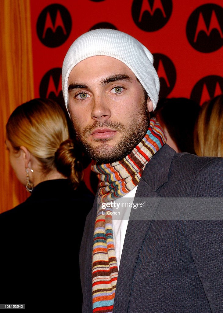 Motorola's 6th Anniversary Party Benefiting Toys for Tots - Red Carpet
