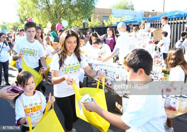 Drew Gordon and Amber Romero at Big Sunday's 6th Annual BIG Thanksgiving Stuffing Event at Big Sunday Headquarters on November 22 2017 in Los Angeles...