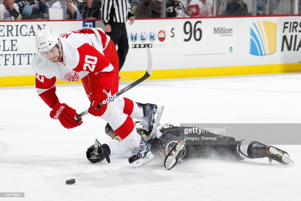 Detroit Red Wings v Pittsburgh Penguins