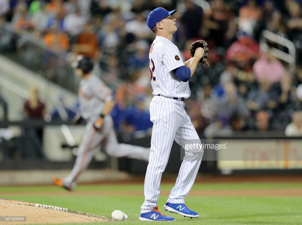 San Franciso Giants  v New York Mets
