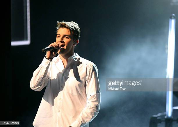 Drew Taggart from the band The Chainsmokers performs onstage during the 2016 American Music Awards held at Microsoft Theater on November 20 2016 in...