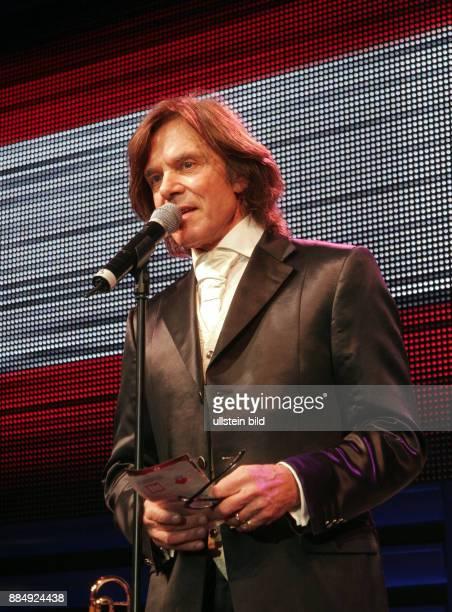 Drews Juergen Musician Singer Pop music Germany during 112th Presseball in the UllsteinHalle in Berlin Germany