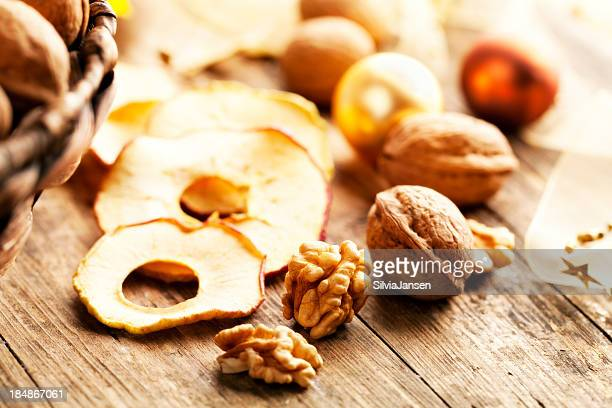 dried apple slices and walnut