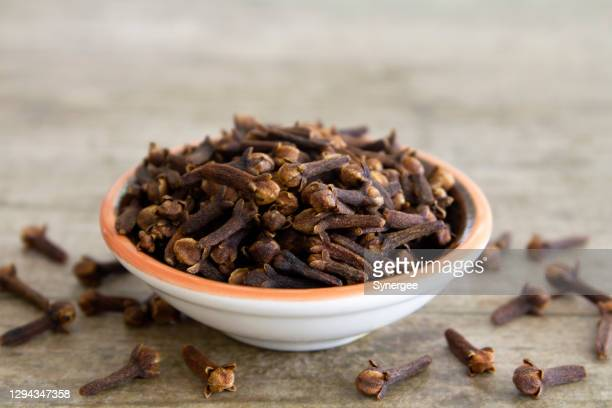 dried cloves - garlic clove stock pictures, royalty-free photos & images