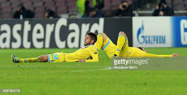 Dries Mertens and Gonzalo Higuain of Napoli after the UEFA Champions League Group F match between SSC Napoli and Arsenal at Stadio San Paolo on...
