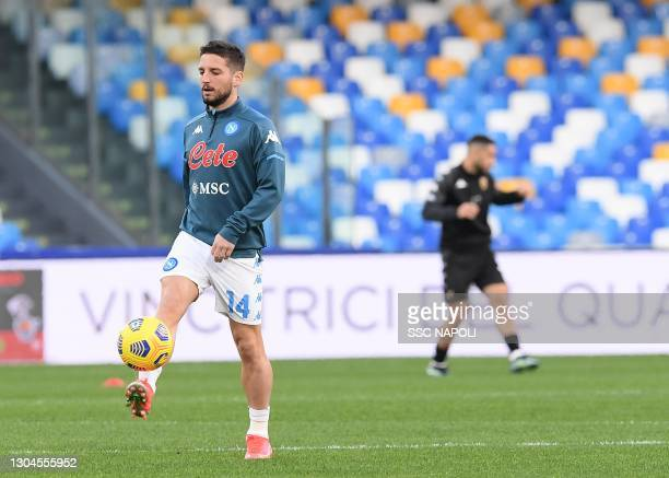Dries Mertens of Napoli before the Serie A match between SSC Napoli and Benevento Calcio at Stadio Diego Armando Maradona on February 28, 2021 in...