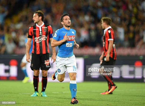 Dries Mertens of Napoli celebrates after scoring goal 20 during the preseason friendly match between SSC Napoli and OGC Nice at Stadio San Paolo on...