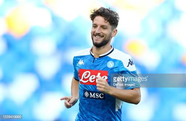 Dries Mertens of Napoli Celebrates after scoring his team's first goal during the Serie A match between SSC Napoli and SPAL at Stadio San Paolo on...