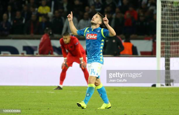 Dries Mertens of Napoli celebrates his goal while goalkeeper of PSG Alphonse Areola looks down during the Group C match of the UEFA Champions League...