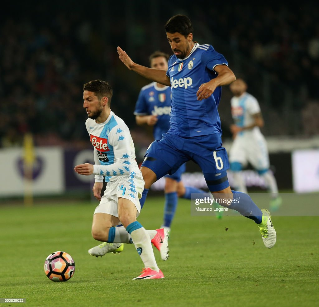 Dries Mertens of Napoli competes for the ball with Sami Khedira of Juventus during the Serie A match between SSC Napoli and Juventus FC at Stadio San Paolo on April 2, 2017 in Naples, Italy.