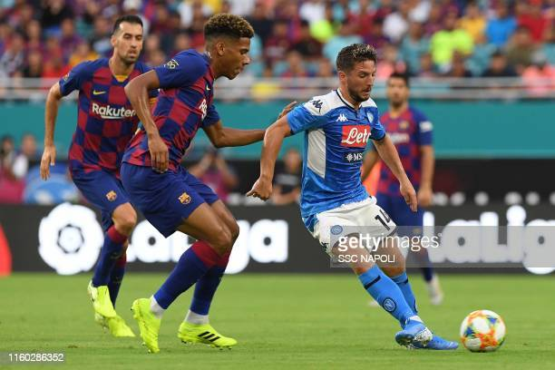 Dries Mertens of Napoli controls the ball during the preseason friendly match between FC Barcelona and SSC Napoli at Hard Rock Stadium on August 7...