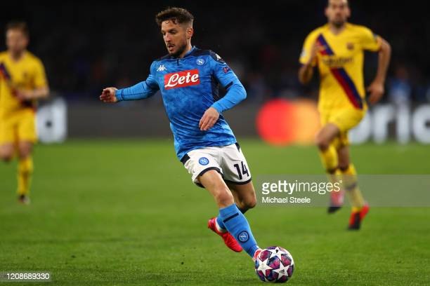 Dries Mertens of Napoli during the UEFA Champions League round of 16 first leg match between SSC Napoli and FC Barcelona at Stadio San Paolo on...