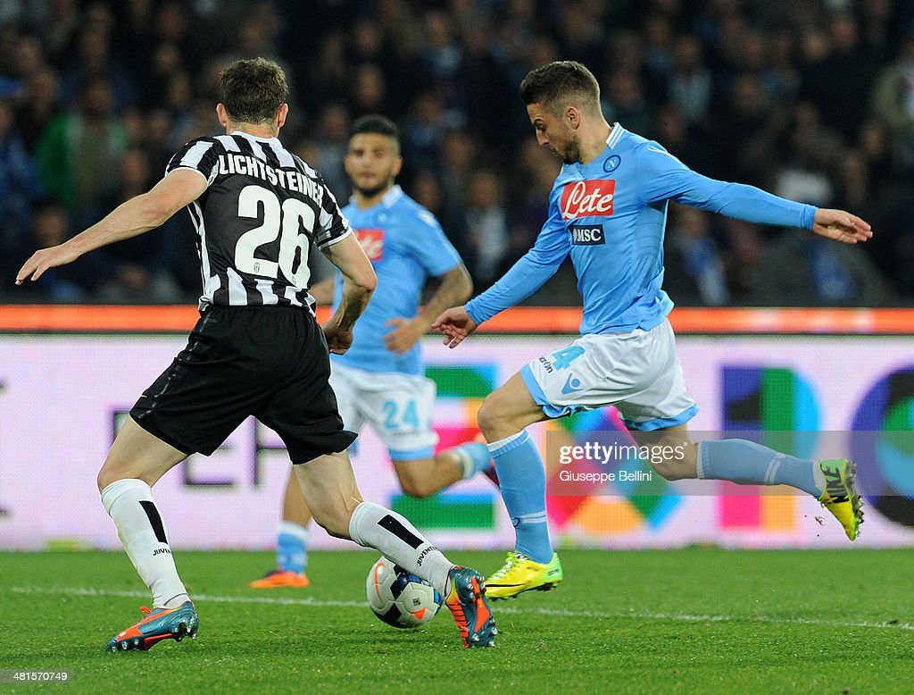 Dries Mertens of Napoli scores the goal 2-0 during the Serie A match between SSC Napoli and Juventus at Stadio San Paolo on March 30, 2014 in Naples, Italy.