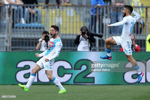 Dries Mertens of SSC Napoli celebrates after scoring a goal during the Serie A match between Empoli FC and SSC Napoli at Stadio Carlo Castellani on...