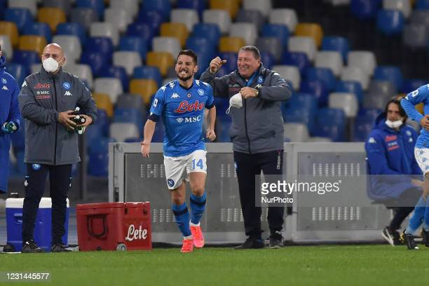 Dries Mertens of SSC Napoli celebrates after scoring during the Serie A match between SSC Napoli and Benevento Calcio at Stadio Diego Armando...