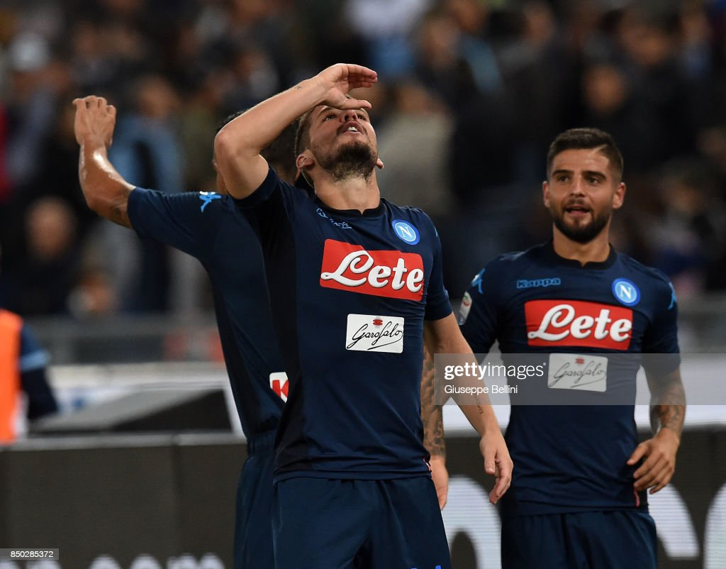 Dries Mertens of SSC Napoli celebrates after scoring goal 1-3 during the Serie A match between SS Lazio and SSC Napoli at Stadio Olimpico on September 20, 2017 in Rome, Italy.