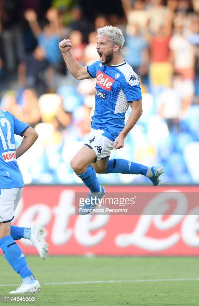 Dries Mertens of SSC Napoli celebrates after scoring the 10 goal during the Serie A match between SSC Napoli and UC Sampdoria at Stadio San Paolo on...