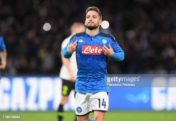 Dries Mertens of SSC Napoli celebrates after scoring the 40 goal during the UEFA Champions League group E match between SSC Napoli and KRC Genk at...