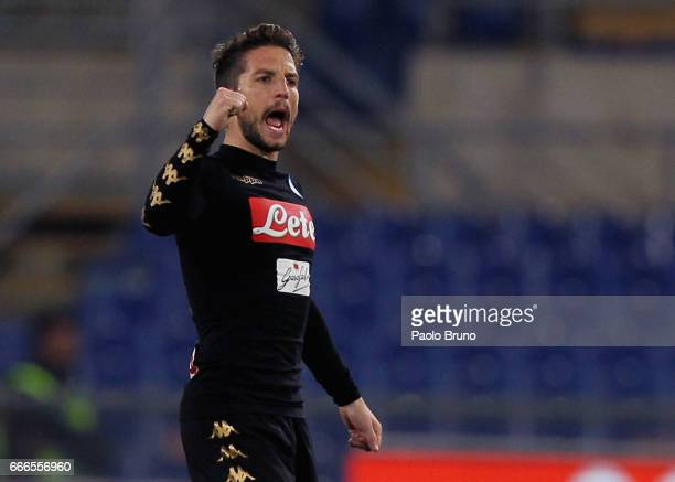Dries Mertens of SSC Napoli celebrates the opening goal scored by Jose' Maria Callejon during the Serie A match between SS Lazio and SSC Napoli at...