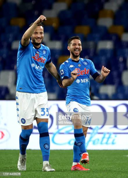 Dries Mertens of SSC Napoli celebrates with his team mates Amir Rrahmani after scoring a goal during the Serie A match between SSC Napoli and...