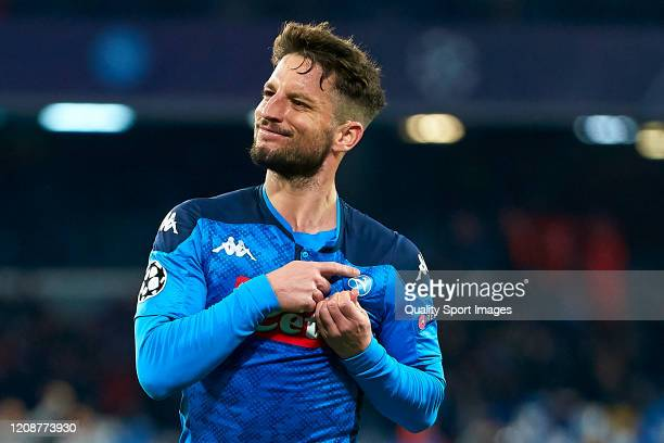 Dries Mertens of SSC Napoli celebrating their team's first goal during the UEFA Champions League round of 16 first leg match between SSC Napoli and...