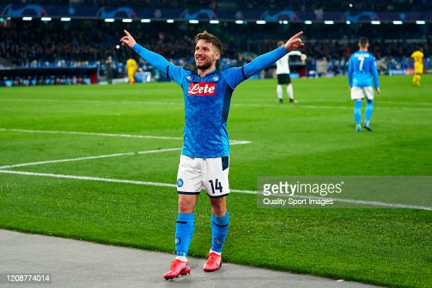 Dries Mertens of SSC Napoli competes celebrating his team's first goal during the UEFA Champions League round of 16 first leg match between SSC...