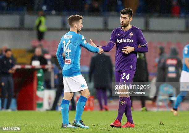 Dries Mertens of SSC Napoli greets Marco Benassi player of ACF Fiorentina after the Serie A match between SSC Napoli and ACF Fiorentina at Stadio San...
