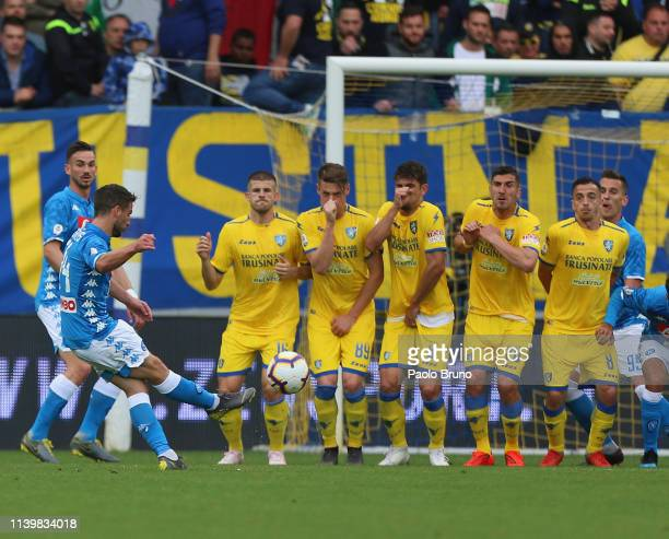 Dries Mertens of SSC Napoli scores the opening goal during the Serie A match between Frosinone Calcio and SSC Napoli at Stadio Benito Stirpe on April...