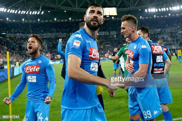Dries Mertens Raul Albiol and Arkadiusz Milik of Napoli celebration during the serie A match between Juventus and SSC Napoli on April 22 2018 in...