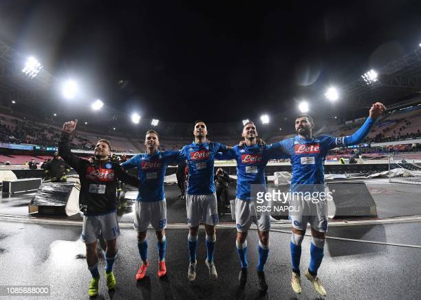 Dries Mertens Raul Albiol Fabi‡n Ruiz Kevin Malcuit Nikola Maksimovic Arkadiusz Milik during the Serie A match between SSC Napoli and SS Lazio at...