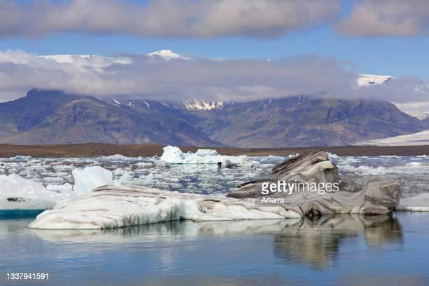 Drift ice floating in Jškuls‡rl—n. Joekusarlon in summer, glacial lake in southern part of Vatnajškull National Park, southeast Iceland.