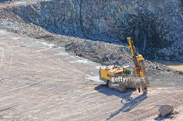 driller in a quarry - geology stock pictures, royalty-free photos & images