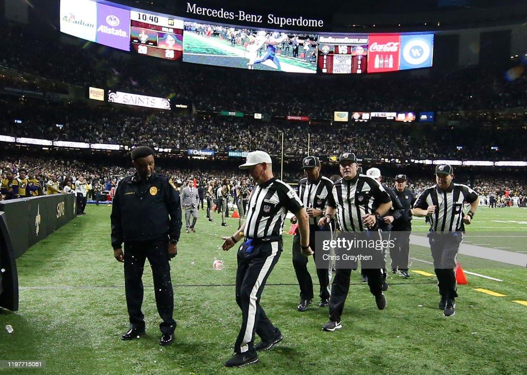 Wild Card Round - Minnesota Vikings v New Orleans Saints : News Photo