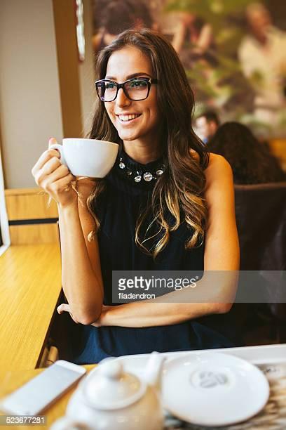 Trinkt Kaffee